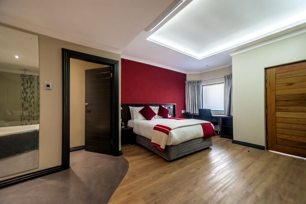 hotel and medium class hotels Total 791 properties are available for ernakulam hotel booking out of which 24 hotels are 5  have the maximum number of hotels in ernakulam 33 hotels at.