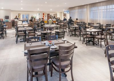 Hotel Savoy & Conference Centre Mthatha breakfast room